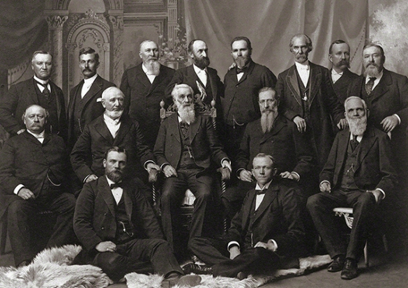 President Lorenzo Snow with his counselors and the Quorum of the Twelve. Image courtesy LDS.org.